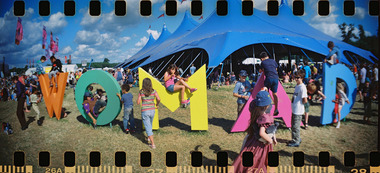 WOMAD Sign & Kids